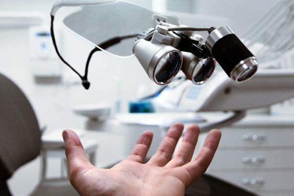 横浜の矯正歯科、横浜マウスピース矯正歯科センター治療イメージ